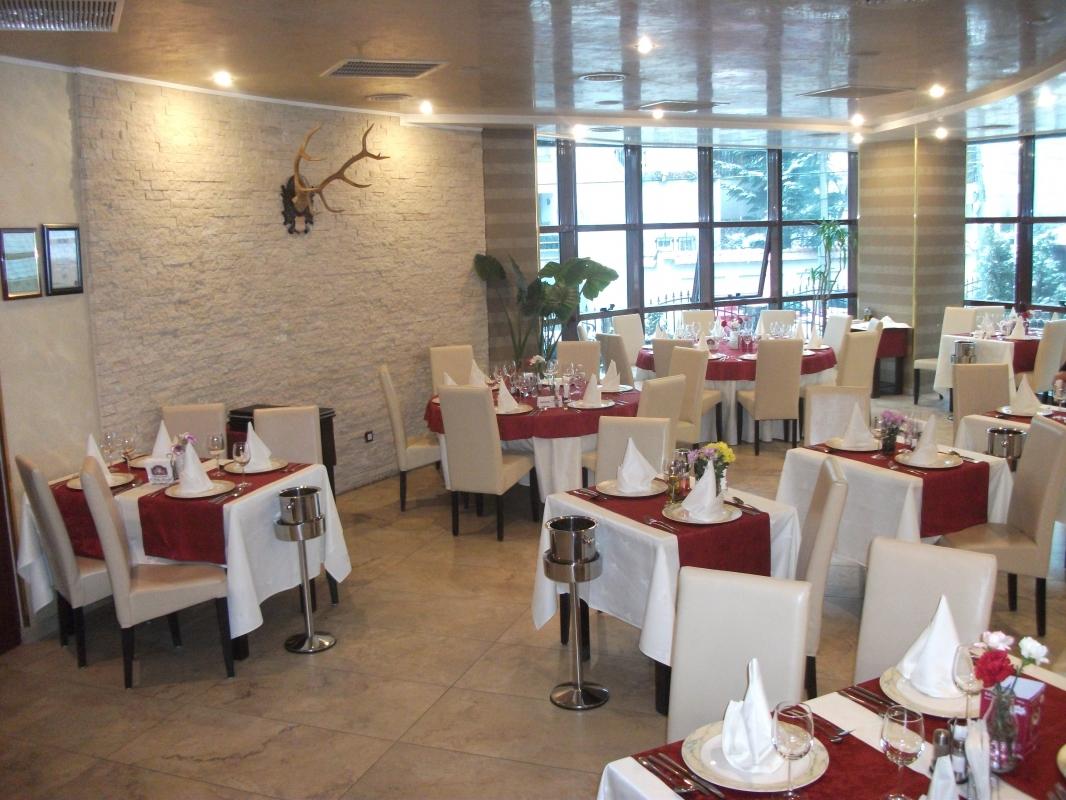 Salon Intim - Restaurant Bolta Rece Bucuresti
